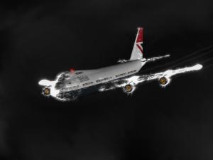 """British Airways' """"Speedbird 9"""" lit up by flying through volcanic ash in 1982"""