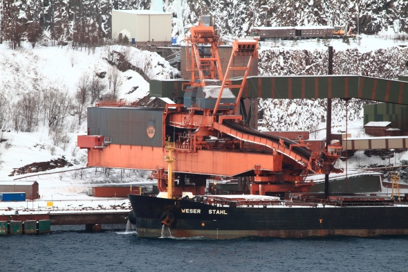 Iron ore being dumped into the cargo bay of Weser Stahl today at a rate of 1-2 metric tonns per second