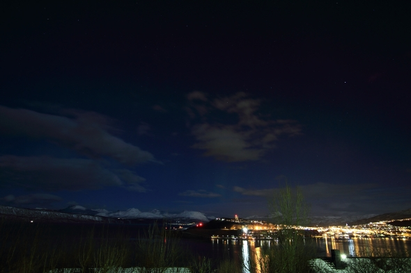 Waiting for the illusive aurora - watching the moonlit mountains...