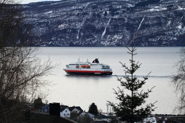Hurtigruten is leaving Narvik after having served the city for the duration of the winter festival - Vinterfestuka 2012