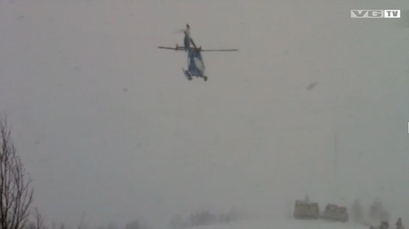 Police_helicopter_trying_to_land_near_Kebnekaise-VG-TV