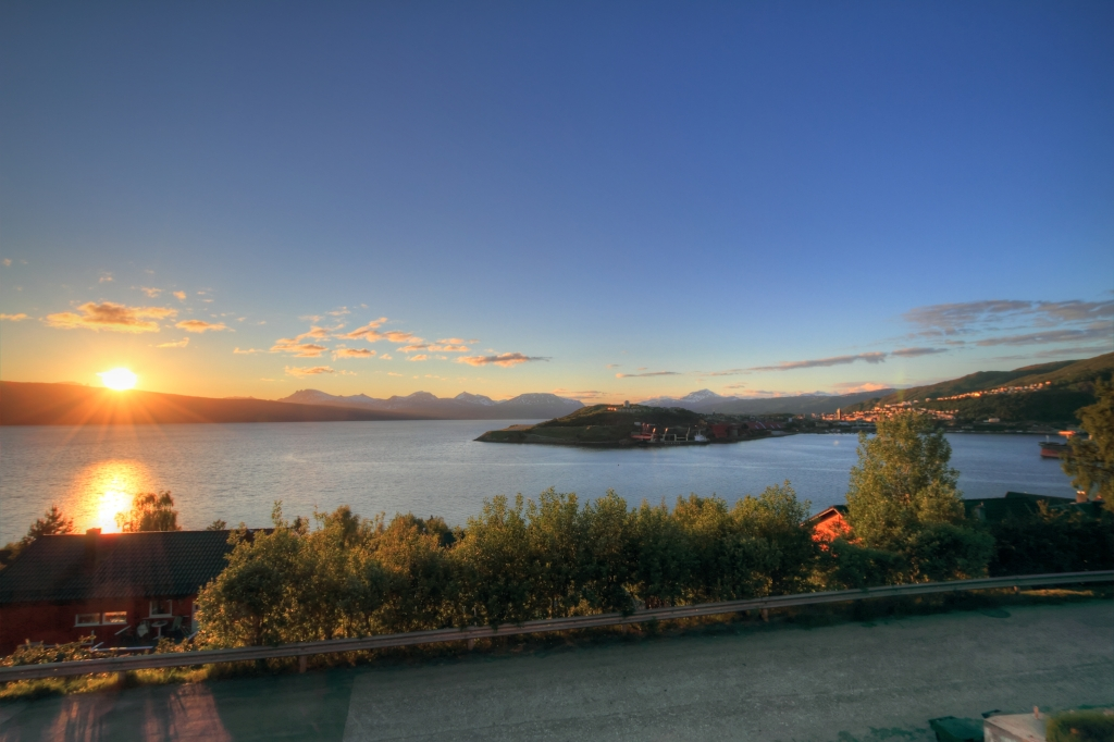 HDR of the midnight sun - Narvik